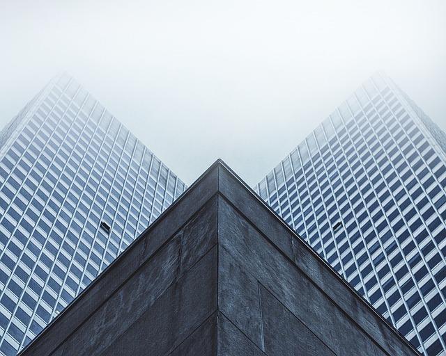skyscraper-1245909_640